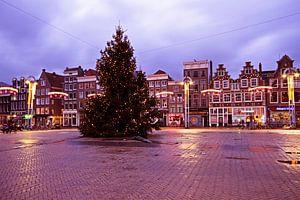 Kerstmis op de Nieuwmarkt in Amsterdam Nederland bij zonsondergang