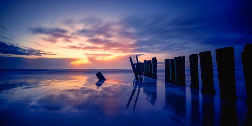 Zonsondergang op zijn best ! van Rigo Meens