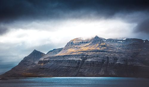 majestueuze berg Ijsland  van