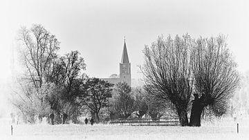 Blik op het Brabantse kerkdorp Nispen  van