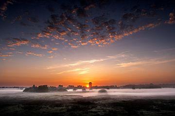 Sonnenaufgang am Turm von Ruud Peters
