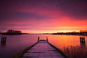 Purple sunrise van Stefan Vis