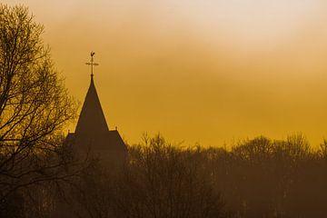 Gouden uur met opkomende zon van Marcel Derweduwen