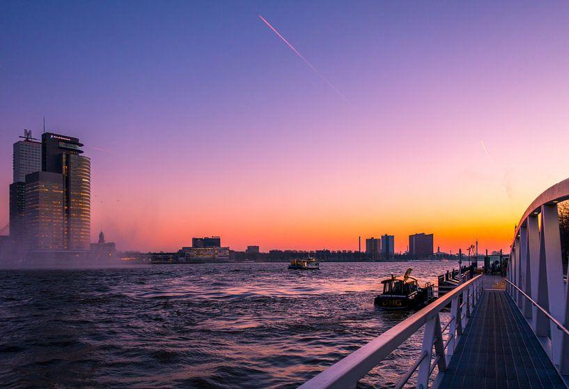 Zonsondergang Rotterdam van Jelmer van Koert