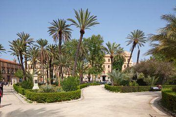 Villa Bonanno sur la Piazza della Vittoria, Palerme, Sicile, Italie, Europe sur Torsten Krüger