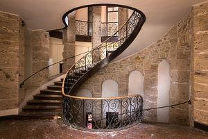 Verlassene Treppe im Schloss.