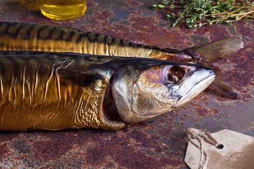 Stillleben von geräucherter Makrele von Henny Brouwers