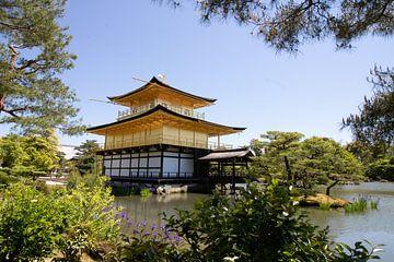 Der Goldene Tempel in Kyoto - Japan. von M. Beun
