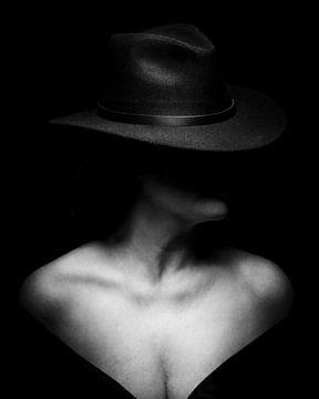 Dame mit Hut von Mark Isarin | Fotografie