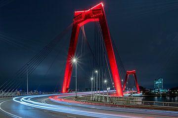 Willemsbrug - Rotterdam bij Nacht van Fotografie Ploeg