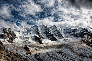 Drama über dem Diavolezza-Gletscher von Maarten Mensink