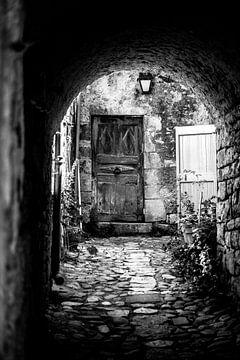 deuren in Frankrjk van Natascha Nellestein