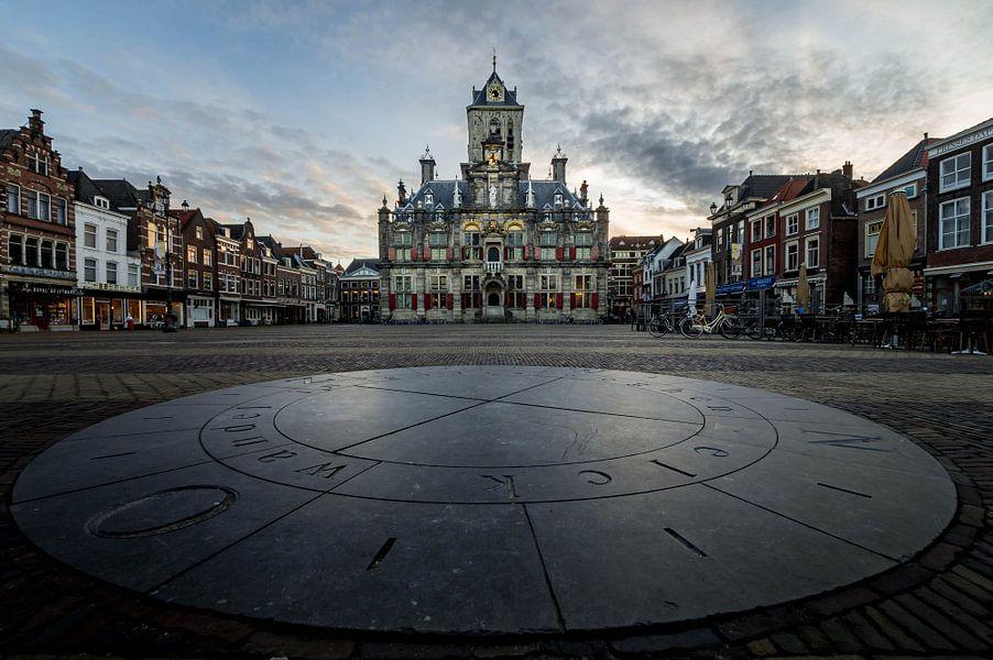Markt Delft - Elck wandel in godts weghen van Henri van Avezaath