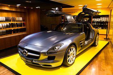 Mercedes Benz SLS AMG van Dennis van de Water