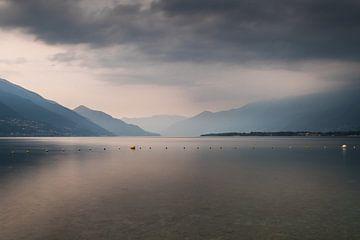 Uitzicht Lago Maggiore Zwitserland van Suzanne Vastenburg-de Vreeze