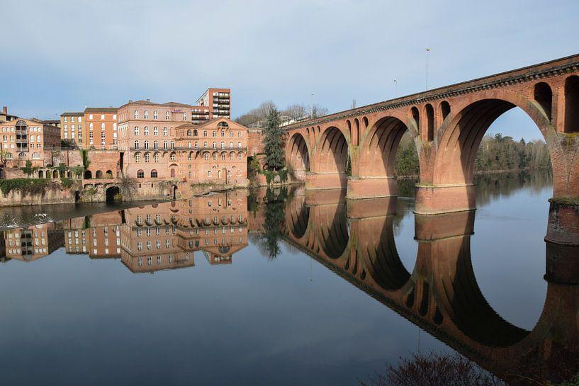 Brücke über den Tarn, bei Albi. von Miss Dee Photography