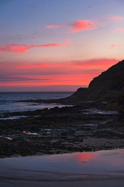 Zonsondergang Great Ocean Road Australië 2 van Anouschka Hendriks