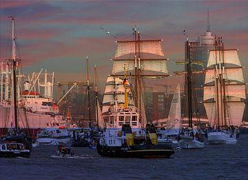 Hafenskyline bei Sonnenuntergang van Peter Norden