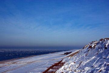 Sneeuw op het strand van Norbert Sülzner