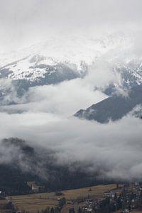 Bergen in de mist