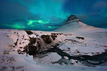 Kirkjufell aurora van Wojciech Kruczynski