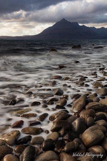 Kiezels op het strand