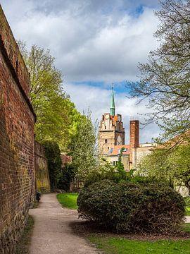 Kröpeliner Tor und Stadtmauer in der Hansestadt Rostock von Rico Ködder