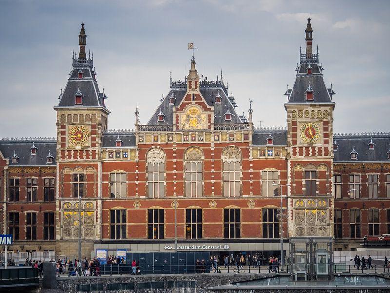 Amsterdamer Hauptbahnhof von Martijn Tilroe