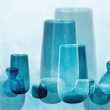 Vasen und Schalen, mediterranes Glas in transparenten Blautönen von Color Square