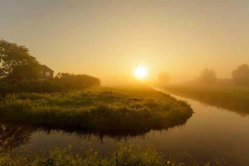 Mistig landschap van Remco Van Daalen