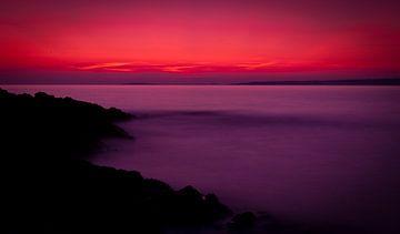 Kalme zonsondergang aan zee von Jesse Meijers
