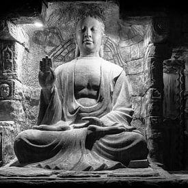 Drie dingen kunnen niet lang verborgen blijven : de zon, de maan, en de waarheid, Buddha van Hans Brinkel