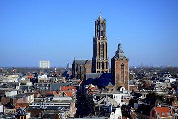 Skyline Utrechtse binnenstad met Domkerk, Domtoren en Buurkerk. van Margreet van Beusichem