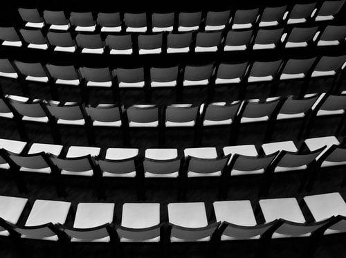 Lege stoelen