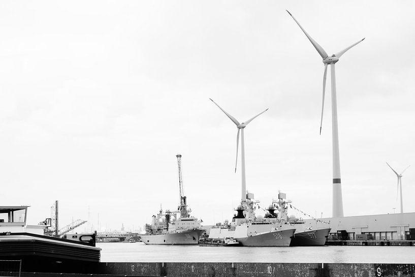 Antwerpen - Big Machines van Maurice Weststrate