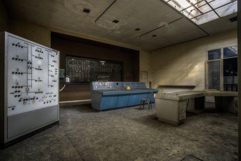 Verlassener Hochspannungskontrollraum von Wesley Van Vijfeijken