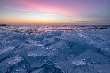 Kruiend ijs van Corné Ouwehand