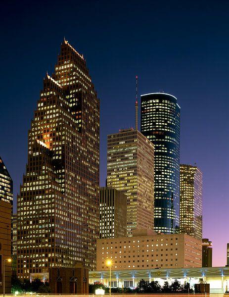 Skyline van Houston in de nacht - 1980s van Zeger Knops