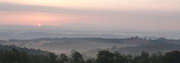 Tuscan Sunset von Lars Bemelmans
