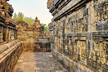 Reliefs bei der Besichtigung des Borobudur von Eduard Lamping