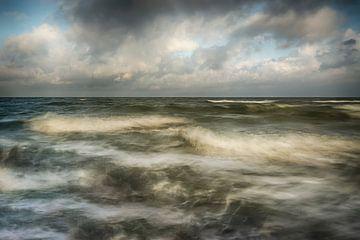 Woeste zee. van Ron Westbroek