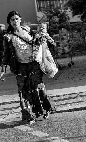Mother sur