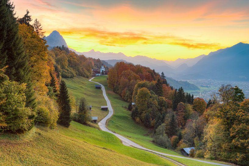 Wamberg near Garmisch-Partenkirchen in autumn van Michael Valjak