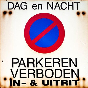 Parkeren verboden van Pieter van Roijen