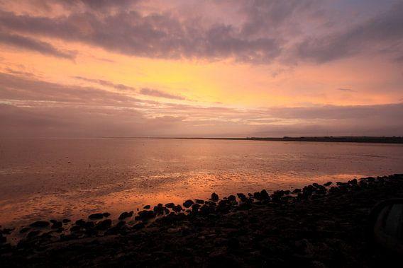 Ameland Wad bij zonsondergang van Rinnie Wijnstra