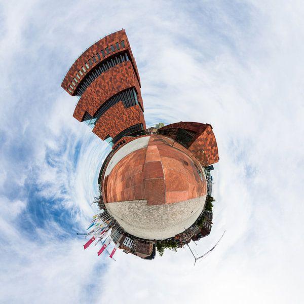 Planet Museum aan de Stroom van Frenk Volt