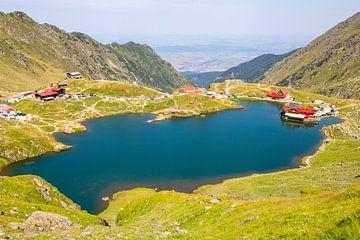 Roemenië: Het Baleameer (Roemeens: Balea Lac) van boven van Udo Herrmann