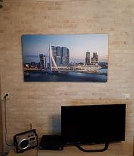 Klantfoto: Rotterdam Erasmusbrug bij avond van Leon van der Velden, op canvas