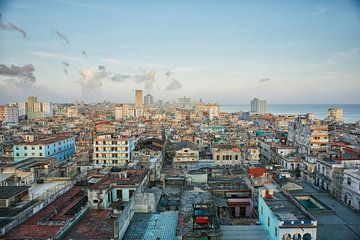 Der Horizont der Innenstadt von Havanna, Kuba von Tjeerd Kruse