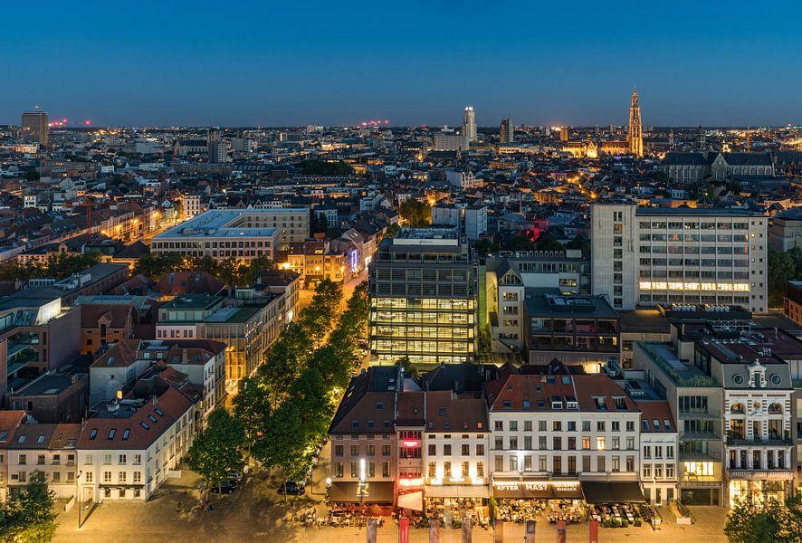 De skyline van Antwerpen in de nacht van MS Fotografie
